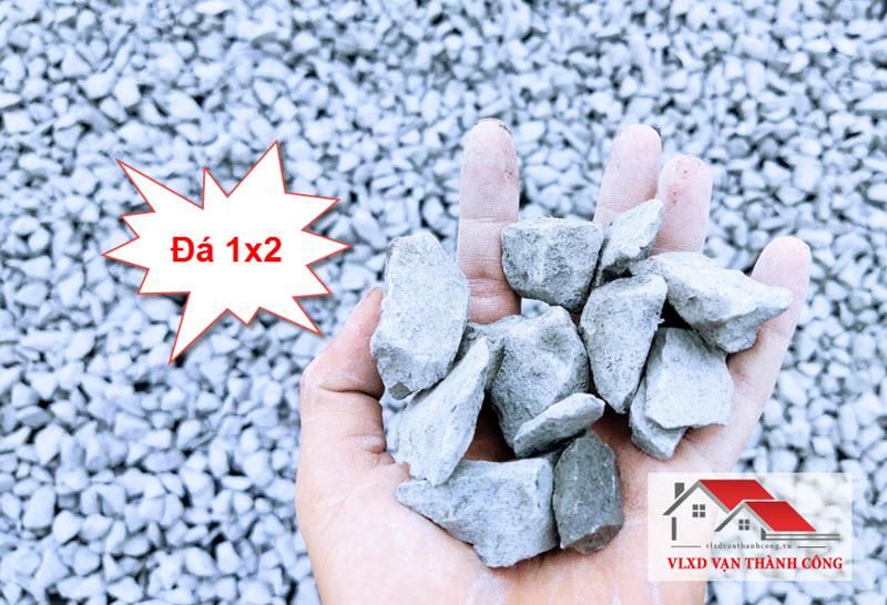 Đá 1x2 hay còn gọi là đá bê tông, chuyên dùng đổ bê tông cho các công trình