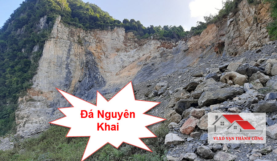 Đá nguyên khai là loại đá tồn tại trong tự nhiên dưới dạng nguyên khối, tảng chưa qua khai thác chế biến